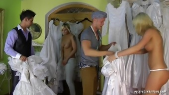 Notably perverted bride to be succumbs to really hard-core fucking at the dressing room on the marriage ceremony morning