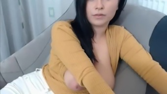 Large Tits Teacher Shows Tits On Cam