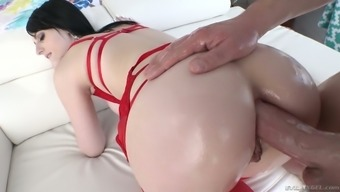 deepthroat BJ sitting winds up by using sultry analfuck with the use of blemished Alex Harper